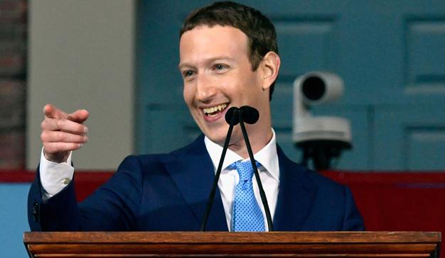 Facebook contrató un investigador para medir la popularidad de Mark Zuckerberg
