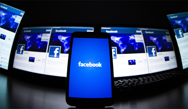 Así galopan los 4 desbocados jinetes del apocalipsis: Apple, Amazon, Facebook y Google