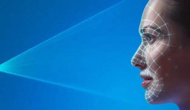 Facebook patenta un sistema de reconocimiento de emociones para aplicar filtros automáticos en selfis