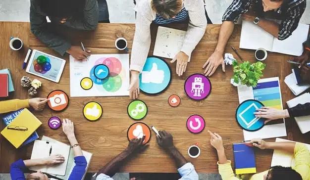 La gestión de redes sociales, servicio más solicitado por los españoles en 2017