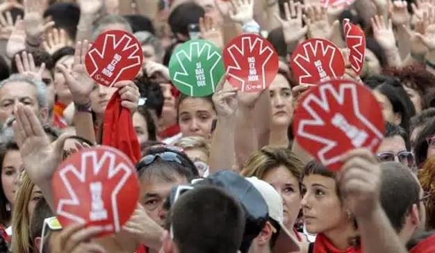 El Ayuntamiento de Pamplona presenta una app para denunciar agresiones sexuales en San Fermín