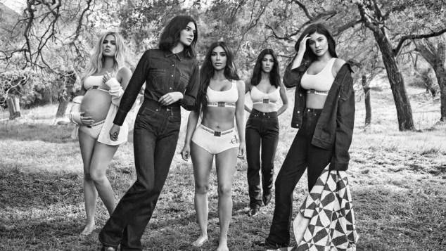 El clan Kardashian-Jenner, protagonista (con polémica) de la nueva campaña de Calvin Klein