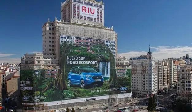 """""""La publicidad exterior digital permite adaptar la creatividad a los hábitos de la audiencia"""", M.A.Varvaró (VSA Comunicación)"""