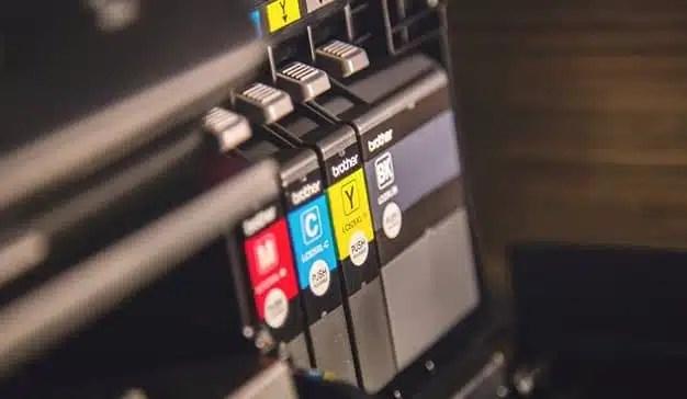 Impresión Offset o Digital: ¿Qué tecnología de impresión es mejor para mi producto?