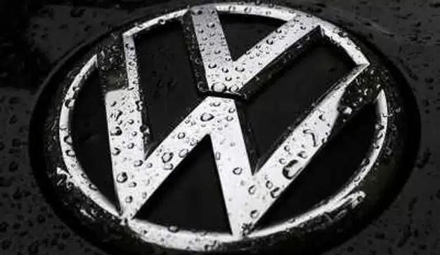 La CE investiga si Daimler, Volkswagen y BMW pactaron no desarrollar tecnología de reducción de emisiones