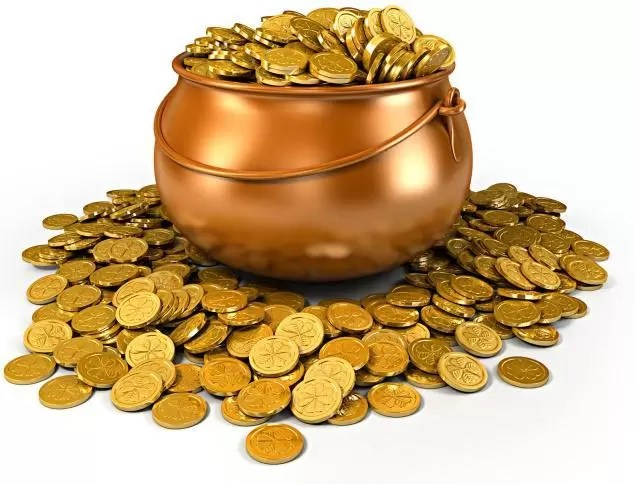 Global gold prices fall as dollar gains on strong US economic data via @marketinvestor
