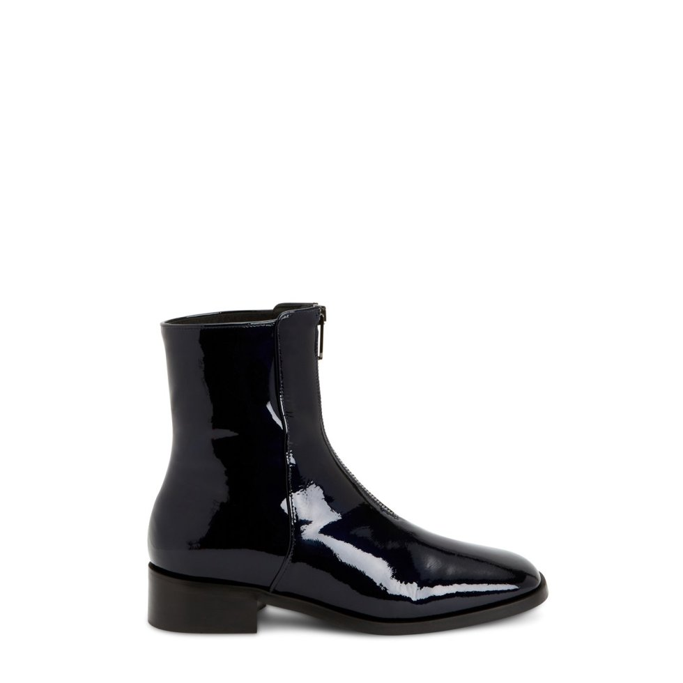 Aquatalia Tenley Black In Size 8.5 - Patent Leather - Made In Italy