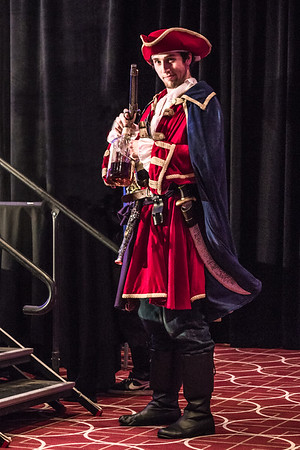 Wizard World Comic Con Minneapolis 2015, Captain Morgan Costume at Comic Con