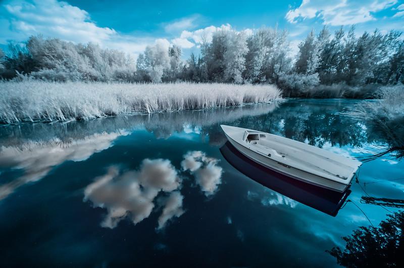 Infrared, Hot Sam's, Lakeville, Minnesota, Lake, Boat, Frost
