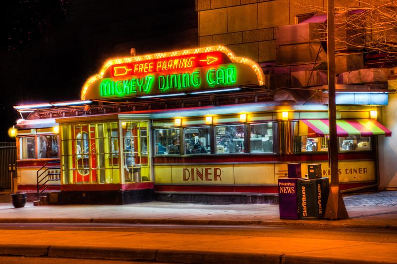 Mickey's Dining Car, Saint Paul Minnesota, Neon Diner, Mickey's Diner, HDR of Mickey's Diner, HDR