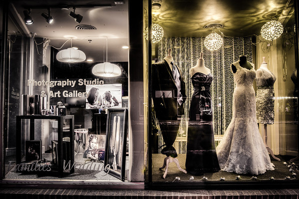Photography Studio, Window Shopping, Bridal Gown, Shop Window, Stillwater, Minnesota, Main Steet Stillwater