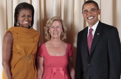 The Obamas flank Anne Anderson. Image from Irish Central.