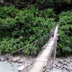 The Manaslu Circuit: a bridge lover's paradise