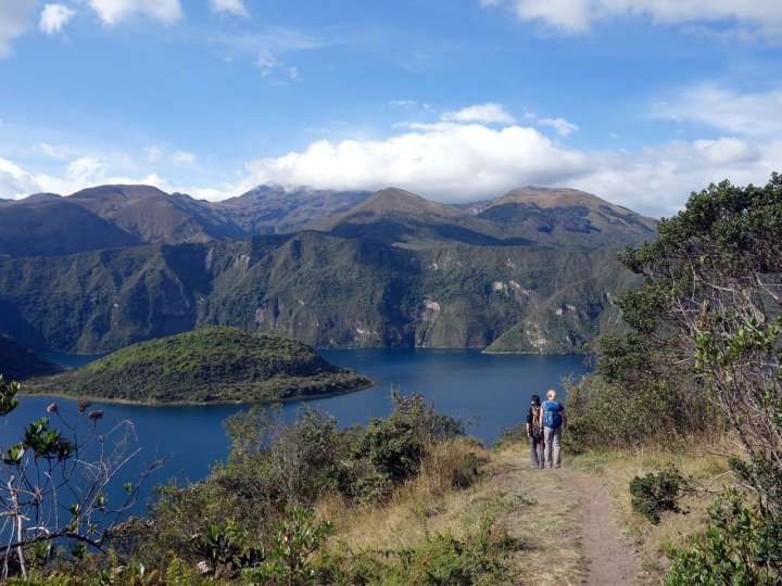 Trekking around Cuicocha, with Cotacachi in cloud