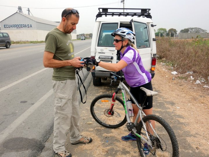 Pablo and Edita during a rest stop on the main highway to Babahoyo