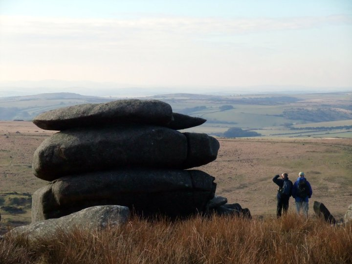 I decided to look for old footpaths on Bodmin Moor in Cornwall, a place famous for its granite tors