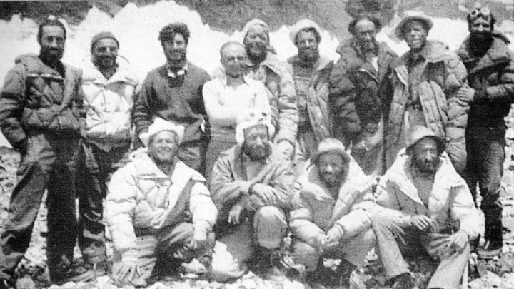 The 1954 Italian K2 expedition team (Photo: Unknown)