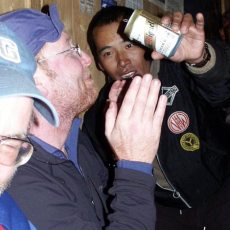 Sherpa hospitality as a cure for frostbite
