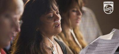 Philips Breathless choir singers