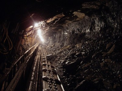 coal black mineral underground courtesy of Pixabay