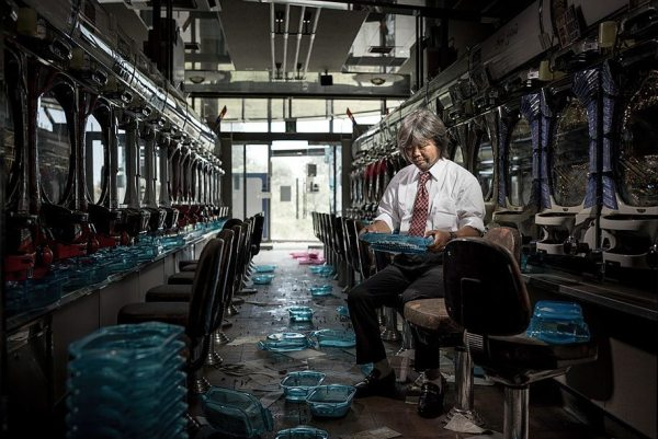 fukushima-after-nuclear-disaster-contamination-zone-ghost-town-carlos-ayest-8.jpg