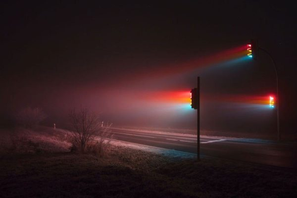 traffic-lights-at-night-long-exposure-by-lucas-zimmermann-5.jpg