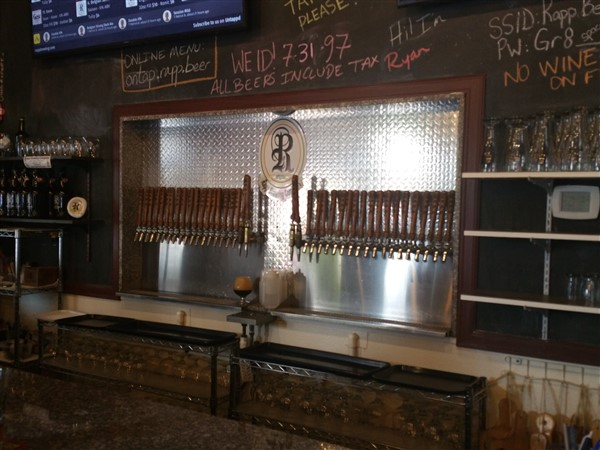 Tap handles at Rapp Brewing Company in Tampa Bay
