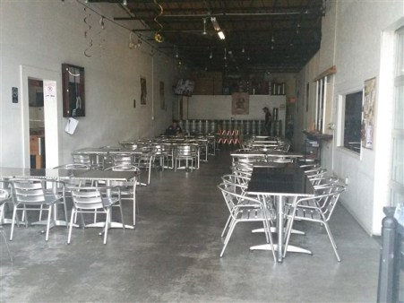 Tap room seating at Rapp Brewing Company in Tampa Bay
