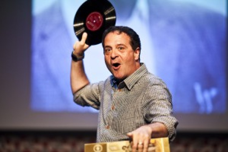 Mark Thomas – Bravo Figaro!