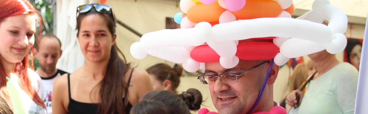 Ballonkünstler Markus Toni Vallen im Regenbogenland Düsseldorf 2014