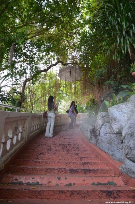 Bangkok Goldenener Berg Aufstieg