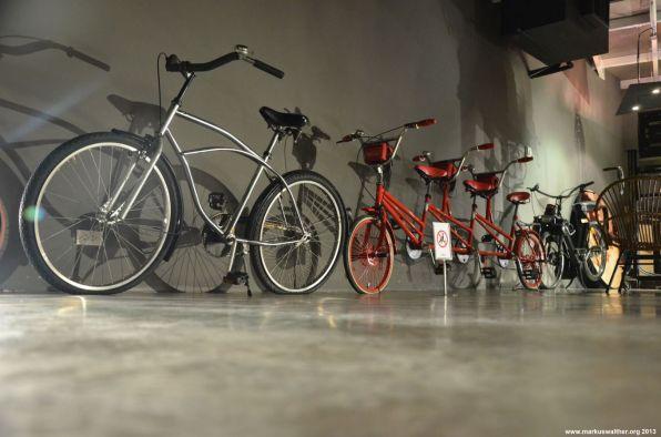 Fahrräder in der Kunstgalerie beim Sheraton Hua Hin
