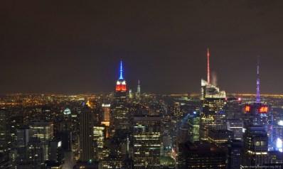 Blick vom Rockefeller Center auf New York am Abend vor dem Labor Day