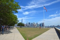 Blick nach Lower Manhattan von Ellis Island, New York