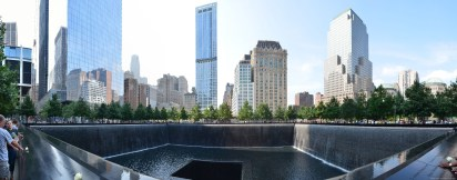 Panorama des 9/11 Memorial am Ground Zero New York