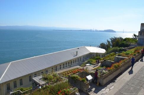 Alte Kaserne auf Alcatraz und Blick über die Bucht