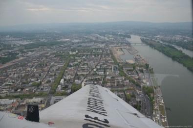Blick aus der JU-52 auf Mainz und Rhein