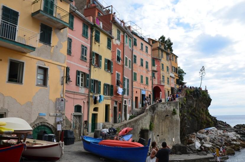 Häuserreihe in Riomaggiore, La Spezia, Italien