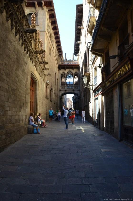 Pont Gòtic, Carrer del Bisbe, Barcelona