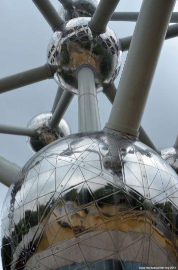 Atomium Details