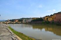 Blick auf den Fluss Arno
