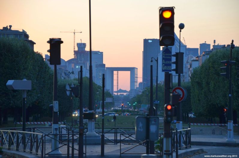 Blick auf La Defense vom Porte Maillot aus