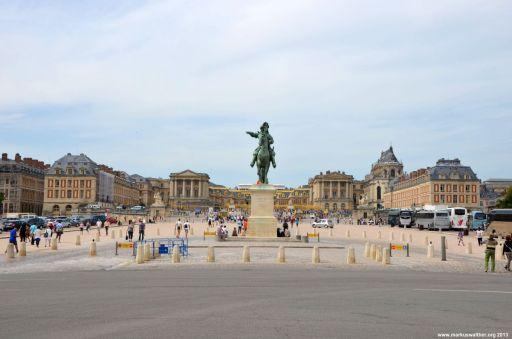 Blick auf Louis XIV und Schloss Versailles