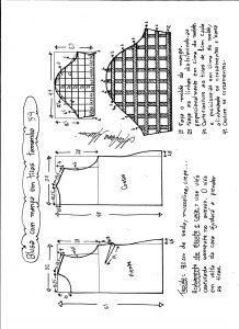 Esquema de modelagem de blusa com manga em tiras tamanho 54.
