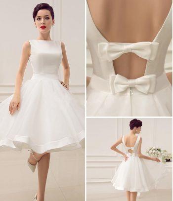 Um vestido que também pode ser usado como vestido de noiva. Esquema de modelagem do 36 ao 56.