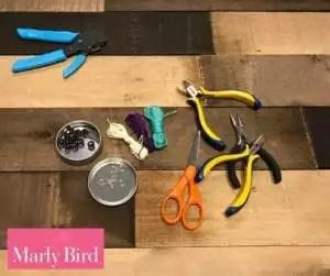 DIY Scrap Yarn Bracelet Photo Tutorial-Materials