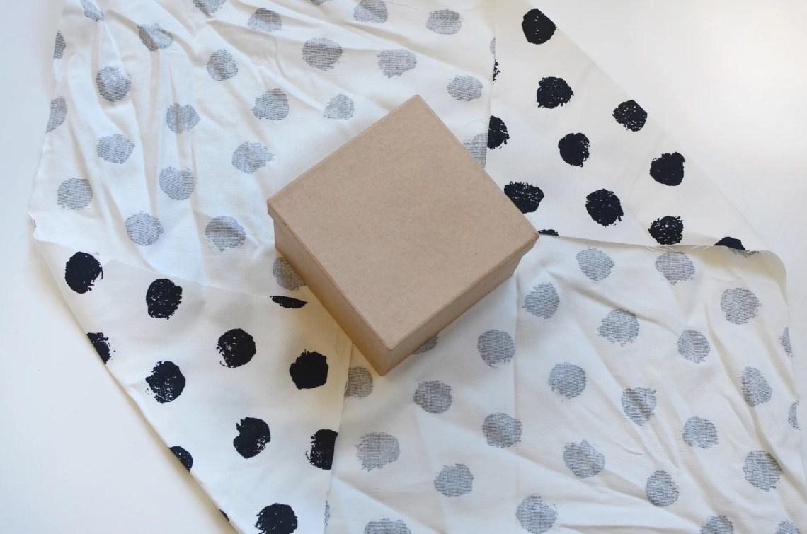 emballage cadeau tissus - Furoshiki - Comment emballer vos cadeaux de Noël en tissus