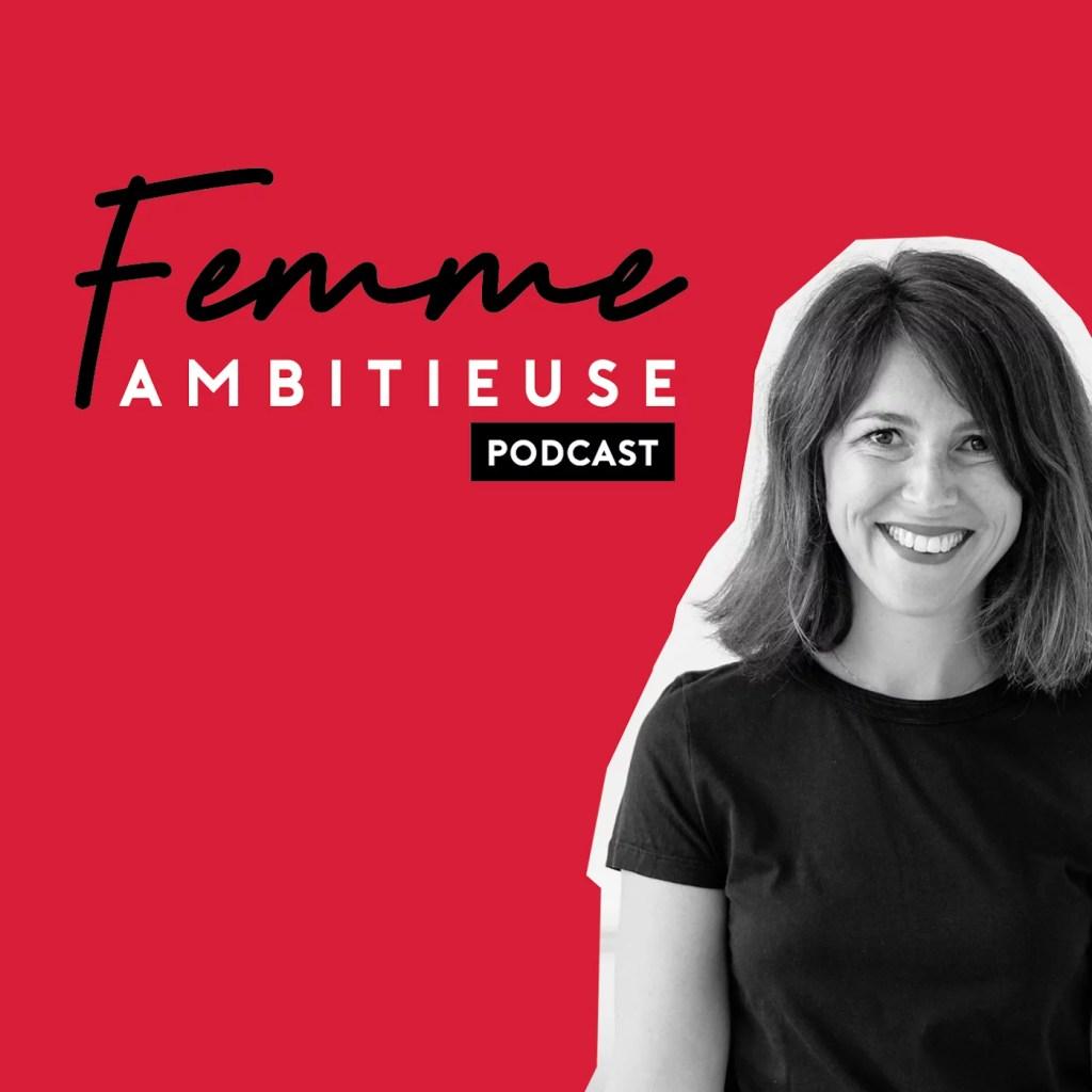 Vignette femme et ambitieuse - 8 podcasts inspirants à écouter en travaillant