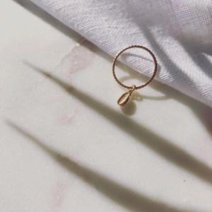 bijoux kallune bague coquillage etsy marmille 300x300 - Mes coups de cœur de créateurs Etsy #StandWithSmall