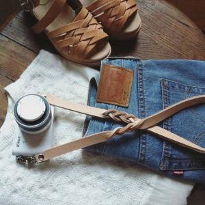 sangle appareil photo cuir personnalise atessoue etsy marmille 300x300 - Mes coups de cœur de créateurs Etsy #StandWithSmall